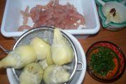 Alcachofas con gulas y gambas 009