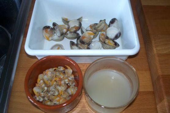 Alcachofas con berberechos