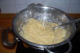 Espaguetis al tomate fresco 010
