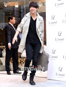 jung-yong-hwa-414