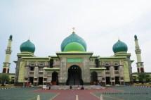 Masjid Berdesain Indah Di Pekanbaru