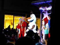 Olaf of Frozen joins Disney singers