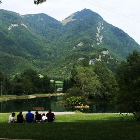 靠近Annecy小鎮的ㄧ座美麗的小湖泊,適合垂釣,野餐,閱讀,小憩ㄧ番...