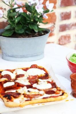 古早番茄西班牙辣腸Pizza