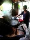 making rice noodles hoi an