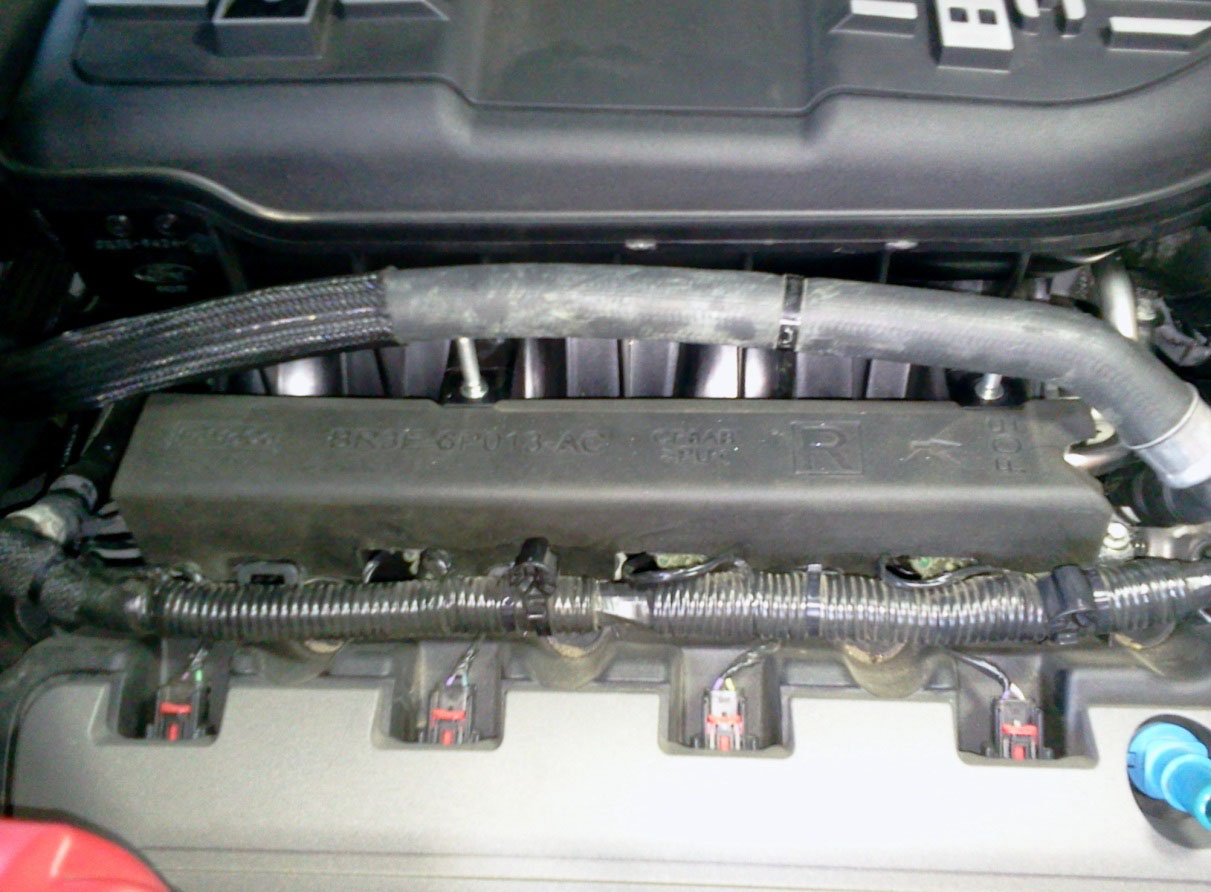 hight resolution of plug in all fuel injector electrical connectors then connect the fuel feed line to the fuel rails reinstall the foam sound deadeners around the fuel rails