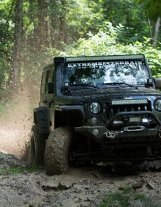 Manual transmission jeep wranglers also automatic vs extremeterrain rh