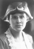 Dorothy Dickinson, 1919
