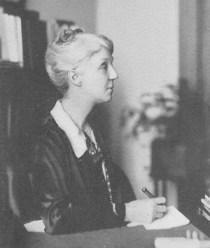 Josephine Simrall, Dean of Women