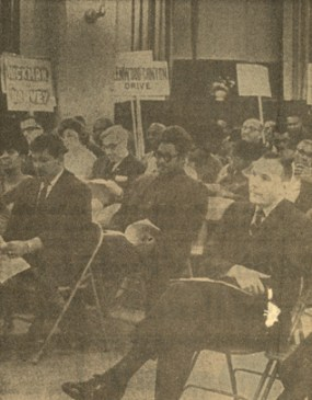 Mayor Ruehlmann at an Avondale Community Council Meeting, February 1968