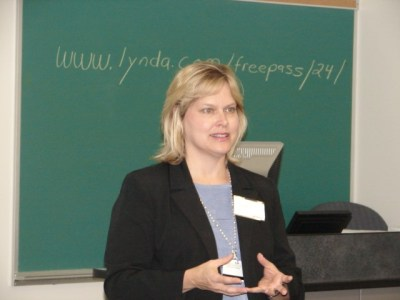 Leslie presenting at the Early Summer Institute