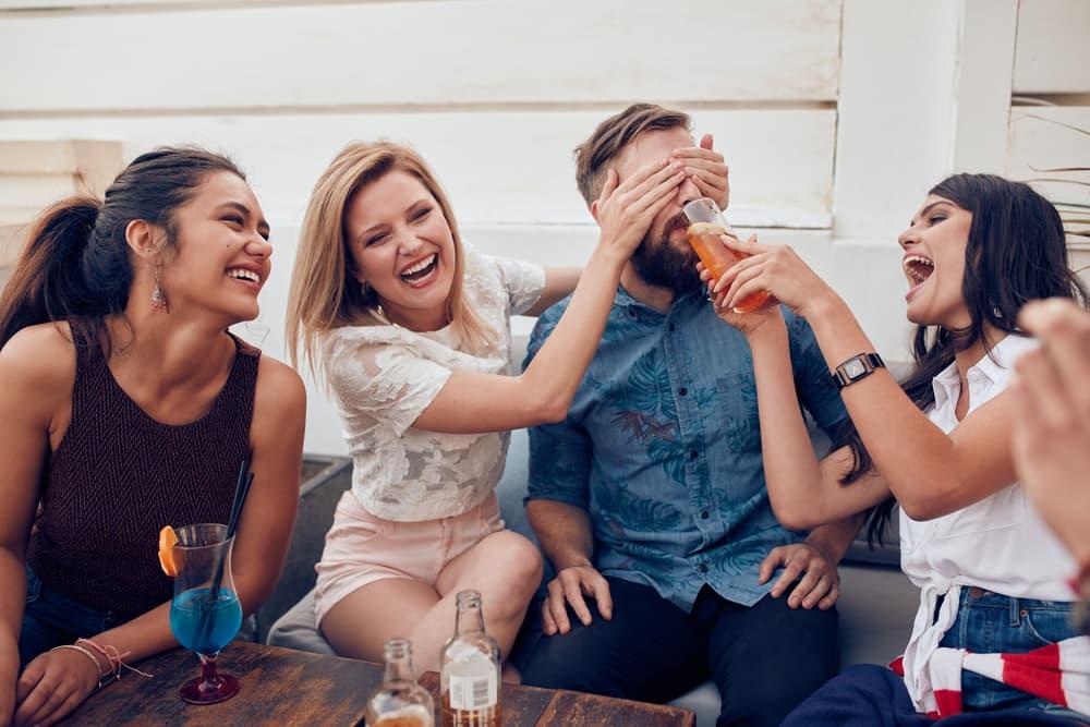 ホステスは日常の訓練が重要!「お客様と会話で遊ぶ」とは
