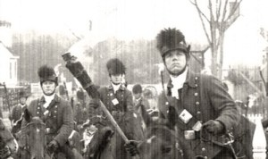 canadian soldiers prepare to torch washington 1812