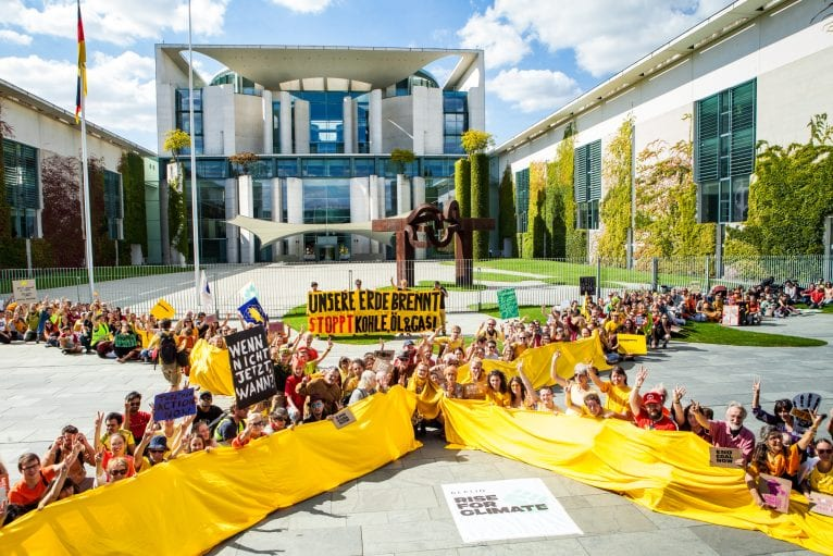 350.org – Striking to Make the Fossil Fuel Industry Feel the Heat