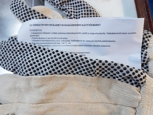 EU regulated instructions for use to these gloves!! - Liberta.fi