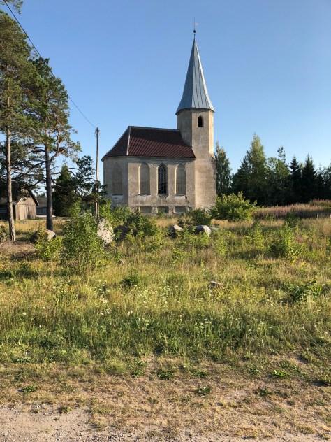 Hylätty kirkko Hiidenmaalla - Liberta.fi