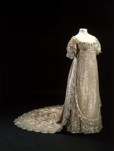 wedding dress of Princes Charlotte August 1816 silver lace tissu train