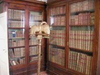 Elba, Villa dei Mulini, library with eagle