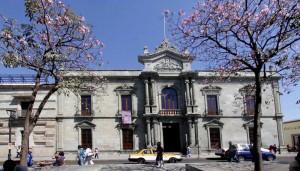 15-uabjo-edificiocentral