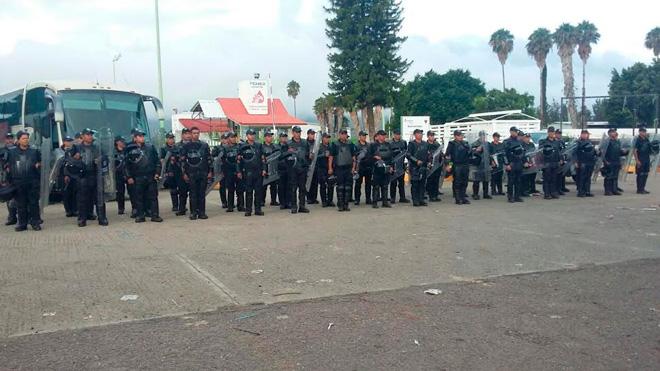 POLICIA-PEMEX2
