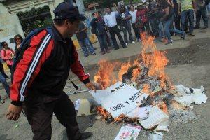 boicot electoral-quema de urnas y boletas-seccion 22 (6)