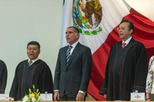 Gabino Gobernador - Informe de Actividades 2015 del Magistrado Alfredo Rodrigo Lagunas Rivera 01