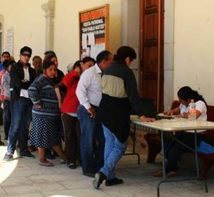 Entrega registro civil actas gratuitas en Huitzo
