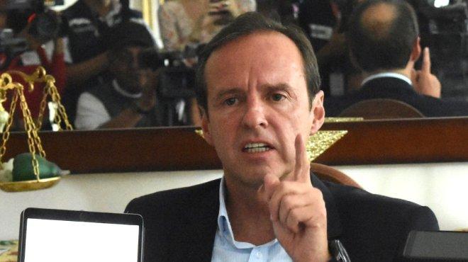 Bronca de dos gobiernos, no de los mexicanos: Horacio Corro Espinosa