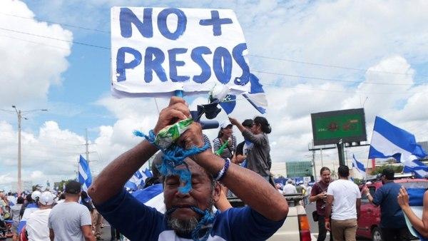 Al menos 120 presos políticos del régimen de Daniel Ortega iniciaron una huelga de hambre