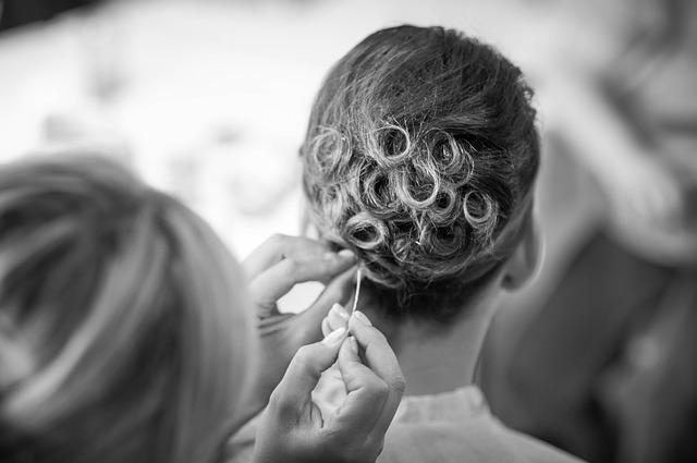hairstyle-725283_640_mini