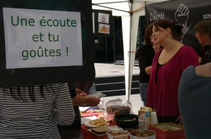 """Liberté Égalité Animale 49 — Stand """"L'alimentation végétale"""""""