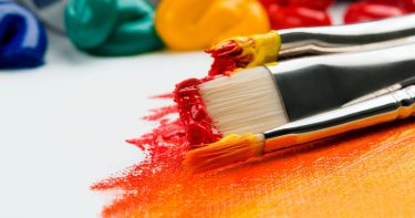 美大、専門進学のメリット デザイナーになるのに美大、専門卒は必須なの?