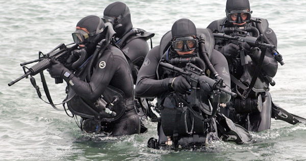 navy-seal-photos-sea-assault__16_
