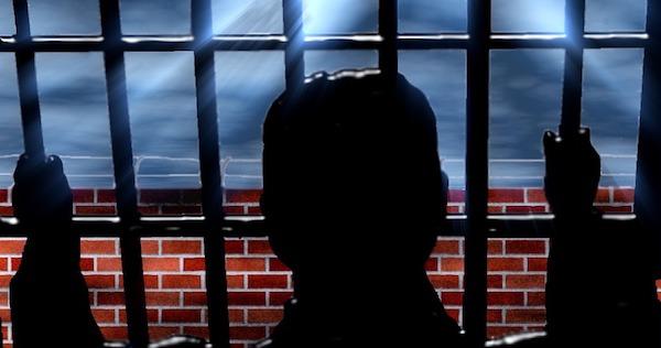 prison-407714_960_720