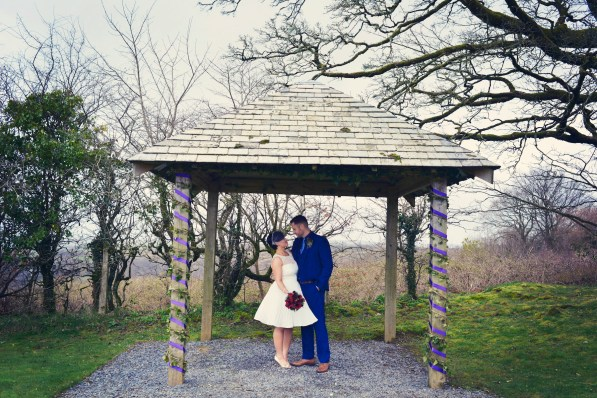 Cornish vintage wedding at trevenna barns