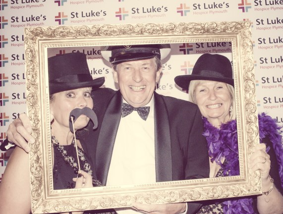 Charity Vintage photo booth - St Luke's Hospice Puttin on The Glitz Plymouth 23