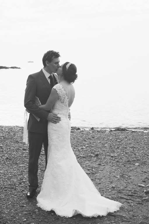 Liberty Pearl natural wedding photographer Cornwall Polhawn Fort beach 18