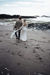beach-elopement-wedding-devon-ayrmer-cove-liberty-pearl-photography