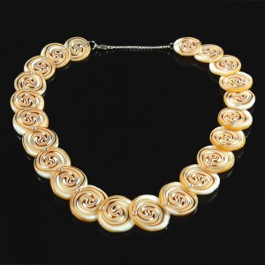 AmberSiwrlNecklacepx1000
