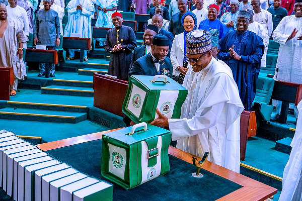 2020 Budget: Buhari Presents N10.33trn Appropriation Bill To NASS