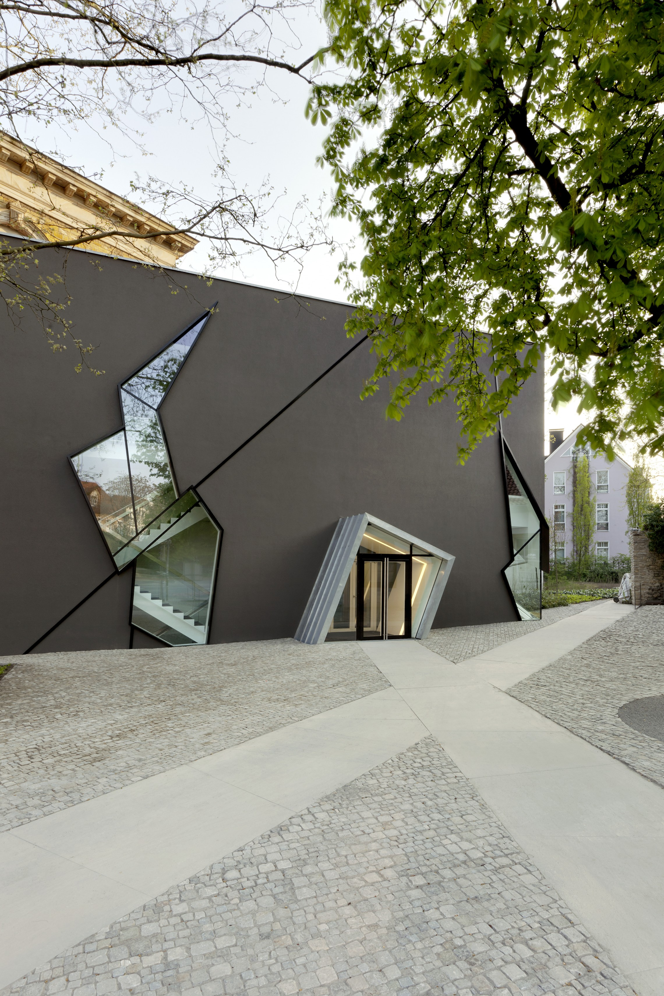 Extension to the Felix Nussbaum Haus  Libeskind