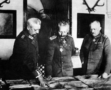 Hindenburg_Kaiser_Ludendorff_1200x800