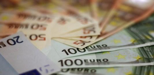 Billets de banques en Euro. Source Pixabay