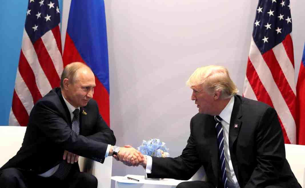 Vladimir Poutine et Donald Trump au sommet de Hambourg. Source Photo: Wikipedia