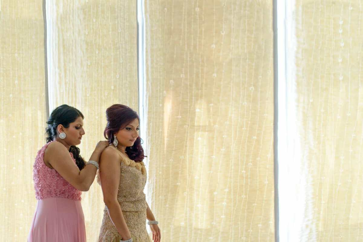 Indian-bride-getting-ready