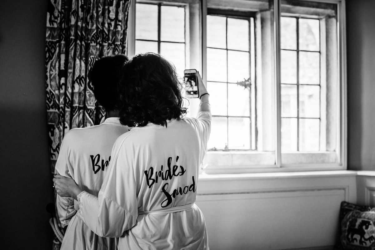 The bridesmaids take a selfie