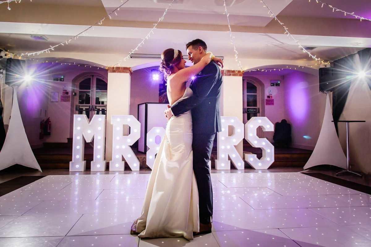 The italian villa wedding photographer
