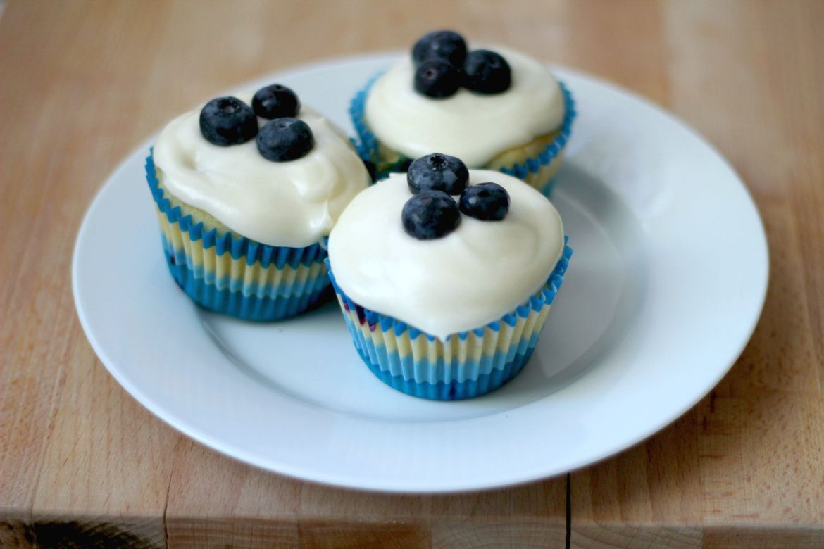 blueberry cupcakes | librarian style