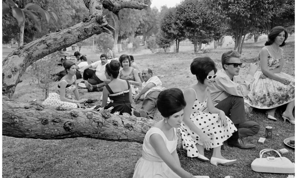 Henri Bartier Bresson: Country Club, Aguascalientes Mexico 1963