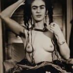 Frida Kahlo fotografata da Julien Levy c. 1938 Gelatin silver print © Philadelphia Museum of Art